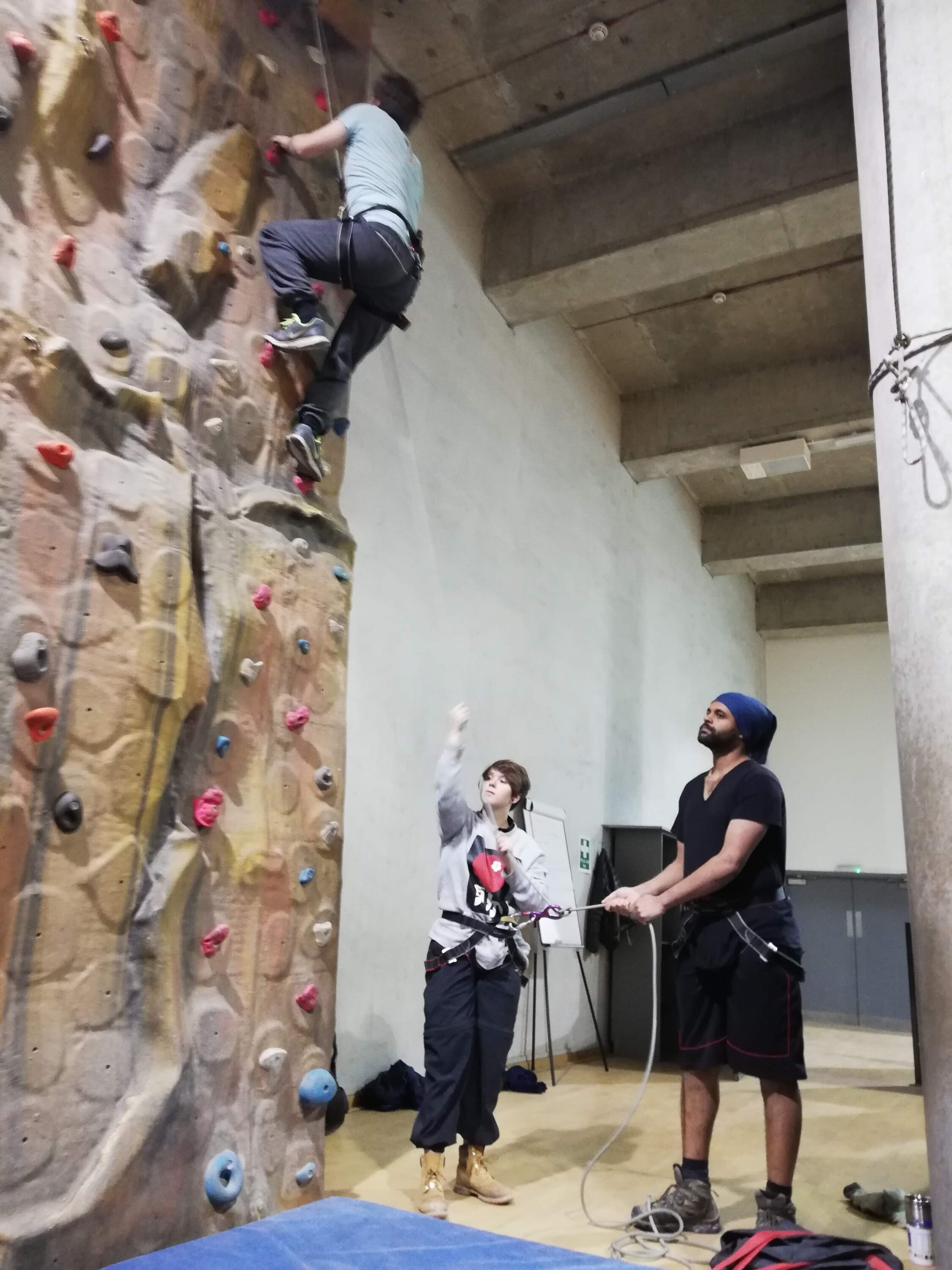 Indoor Climbing Assistant (ICA)