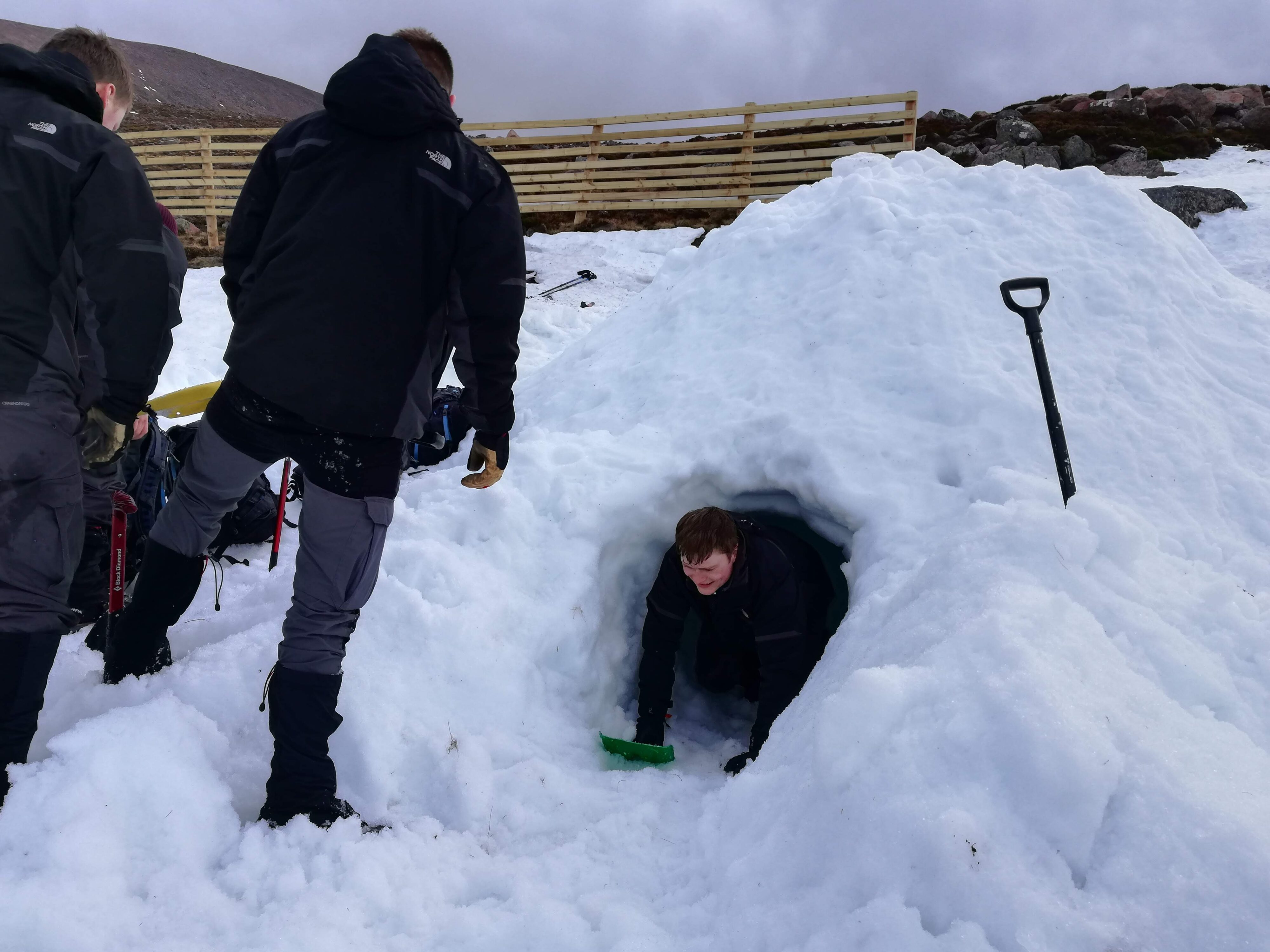 Winter Mountaineering emergency shelters shovel up
